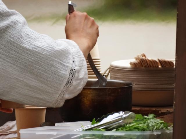 移動販売(キッチンカー)を始めるなら・・・カレー販売で決まり!?2